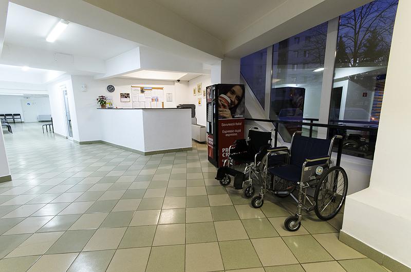 Clinica Medicaltop Bacau - cabinete medicale specializate - Laserterapie
